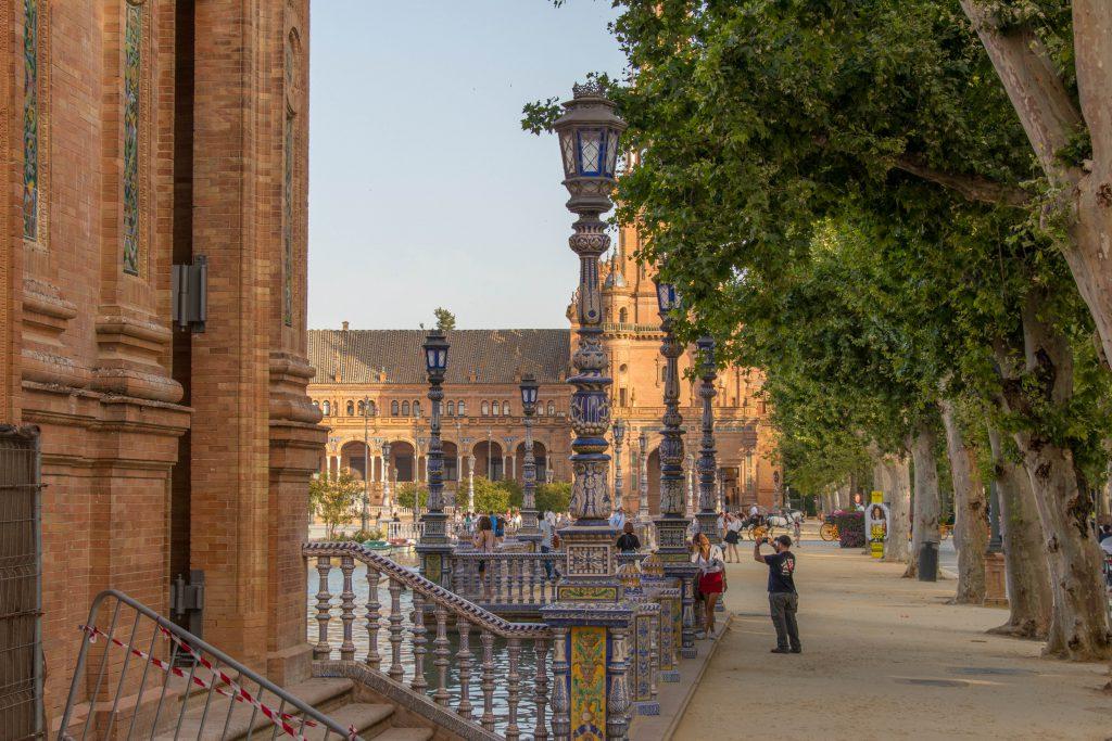 La Plaza de España à Séville est une des plus belles places du monde
