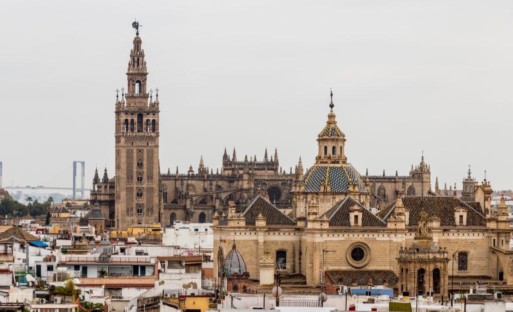 Depuis le Metropol Parasol on peut profiter d'une belle vue sur la ville de Séville.