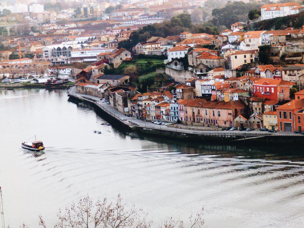 Porto-luisa-azevedo-Unsplash