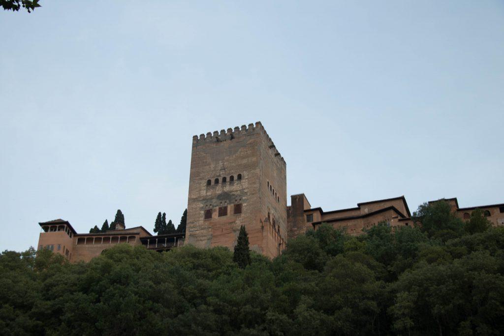 Au pied de l'Alhambra Grenade
