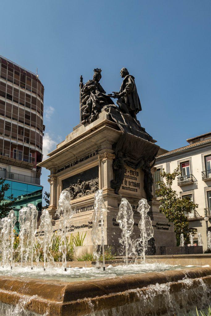 Plaza Isabel la Catolica Grenade