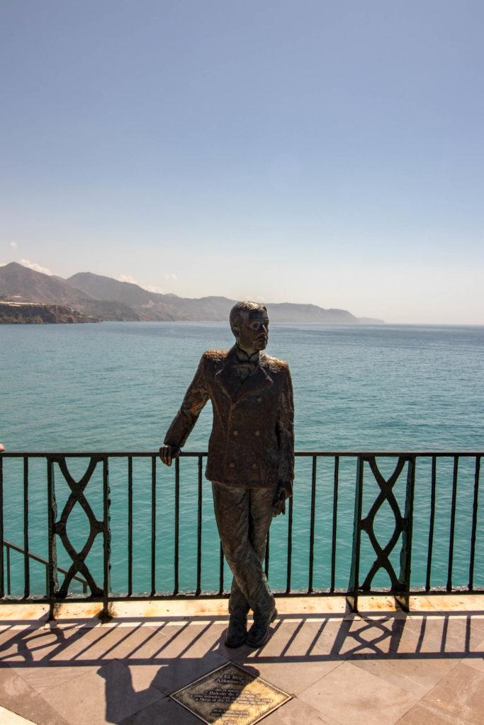 Statue de Alphonse XII Balcon de Europa Nerja