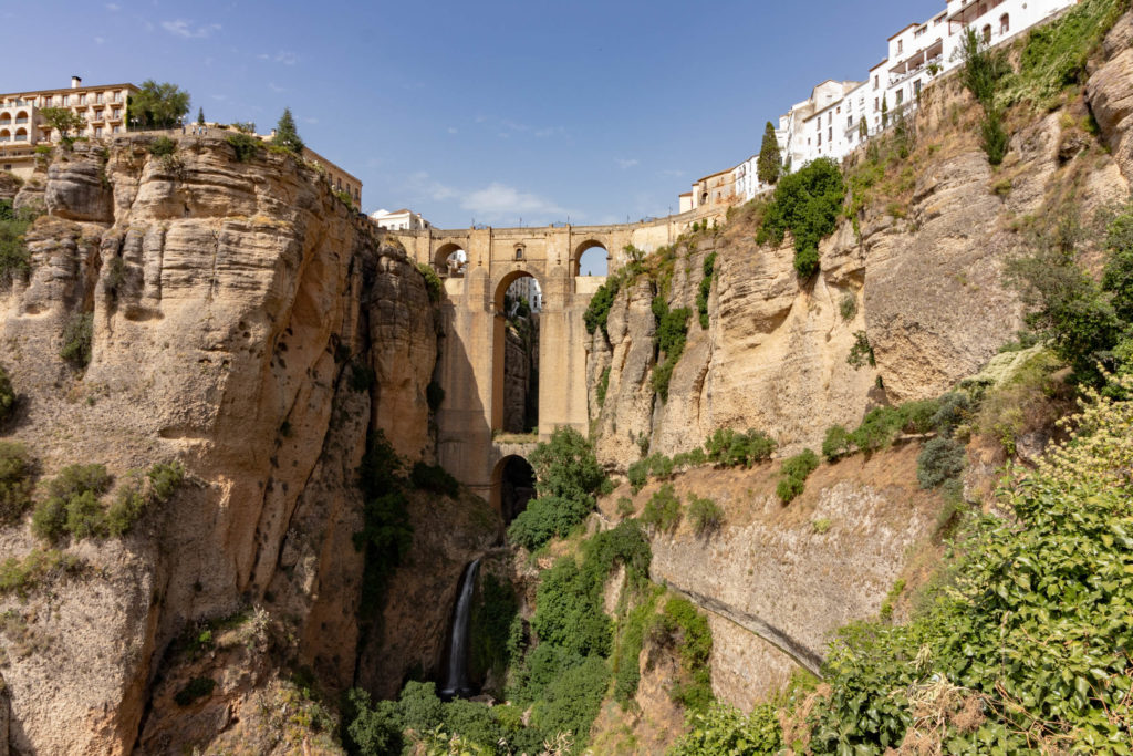 Le pont Neuf de Ronda vu d'en bas