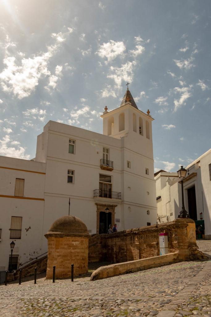 Eglise blanche à Cadiz