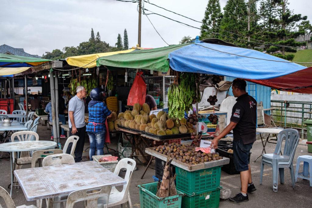 Stand de fruits à Tanah Rata