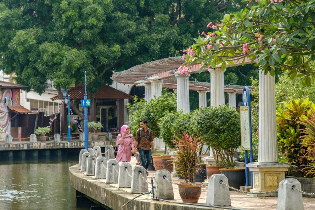 Promeneurs à Malacca