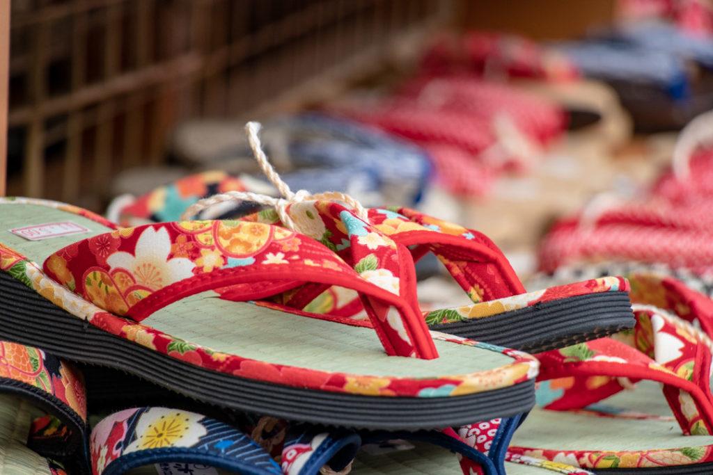 Sandales au Senso-Ji
