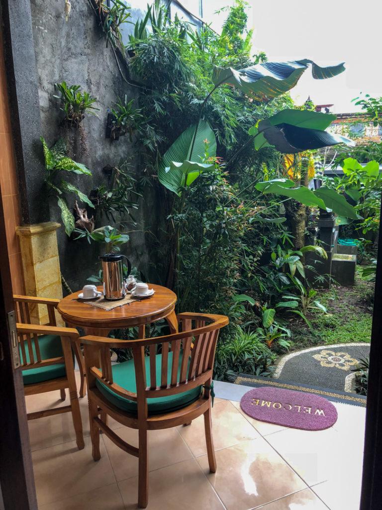 Terrasse de la chambre à Uma Taman House à Ubud