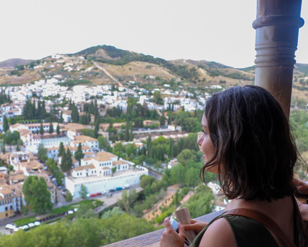 Photo d'Emma à l'Ahmabra de Granada