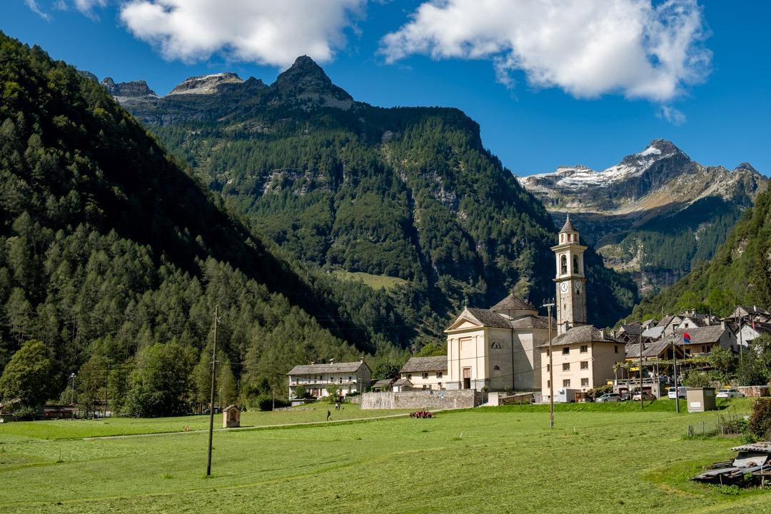 Le village de Sognono dans la vallée Verzasca