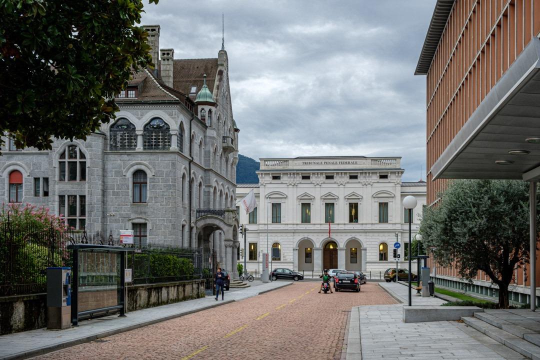 Le tribunal pénal fédéral a son siège à Bellinzone