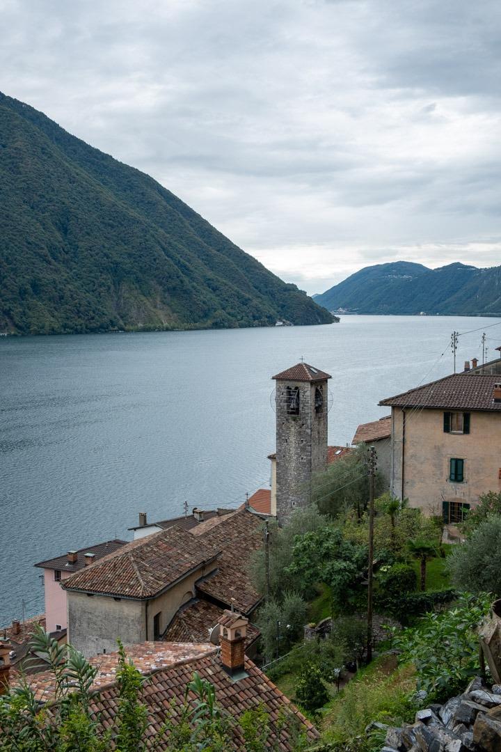 Le village de Gandria se trouve juste à côté de la ville de Lugano