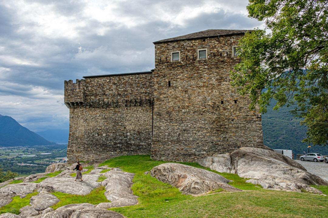 Sasso Corbaro fait partie des châteaux médiévaux du Tessin
