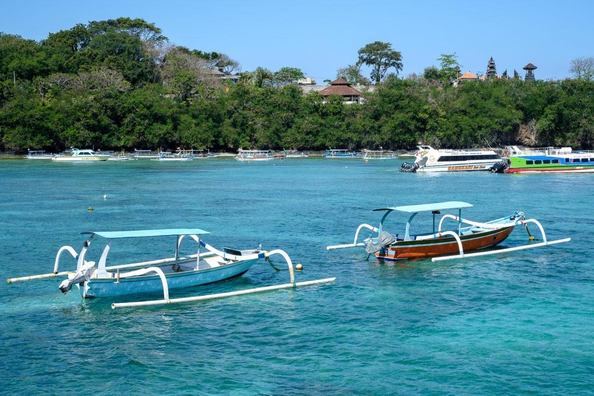 Les bateaux traditionnels de pêcheurs en Indonésie