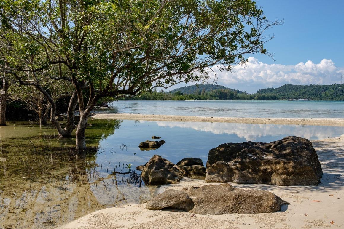Plage de Koh Rong, une île du Cambodge