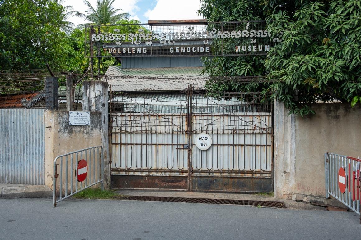 Le musée du génocide Tuol Sleng, ancienne prison S-21, est une visite incontournable pour comprendre le Cambodge.