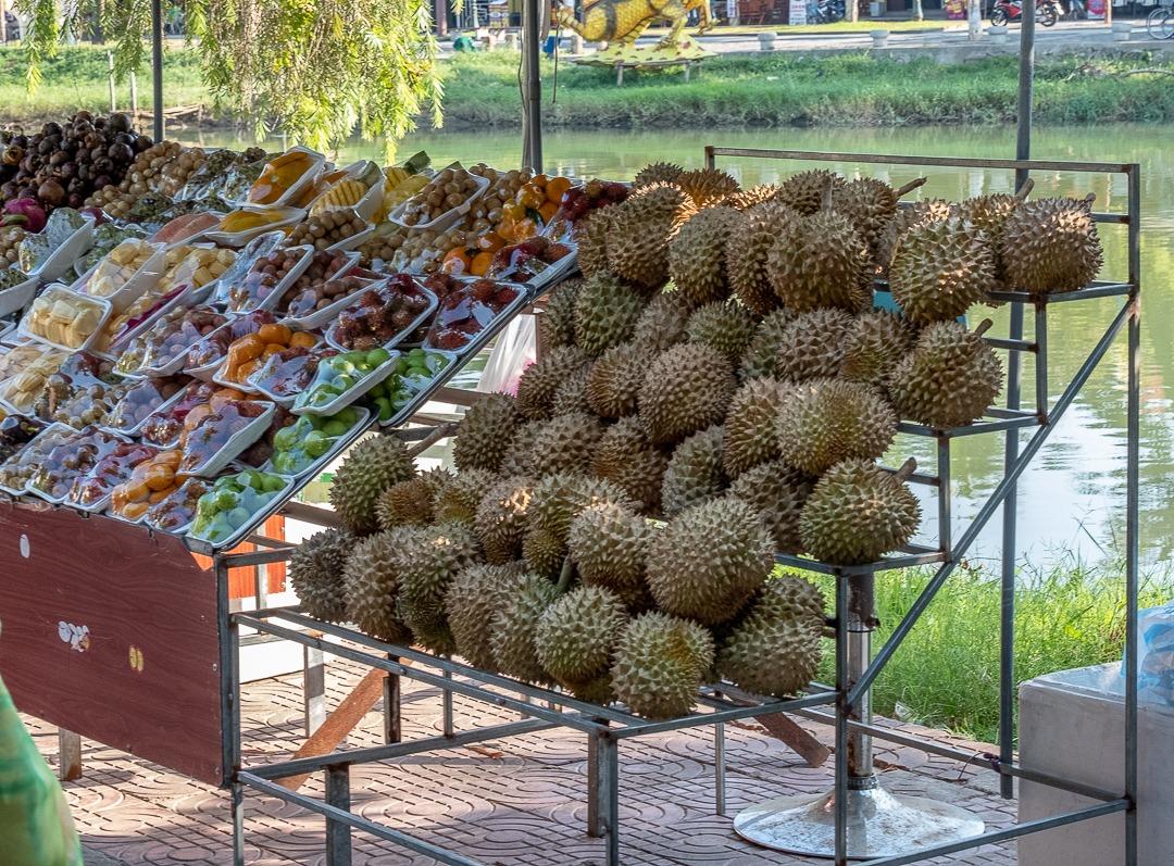 Stand de fruits au Vietnam