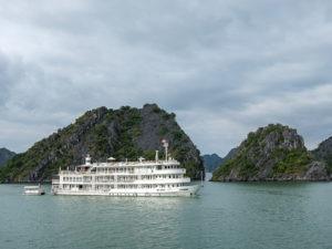 Une croisière dans la baie de Lan Ha au Vietnam