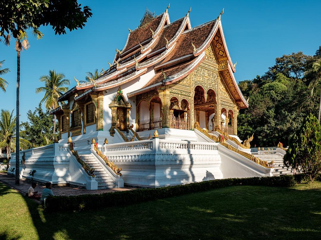 Les temples de Luang Prabang ont une architecture typique du Laos.