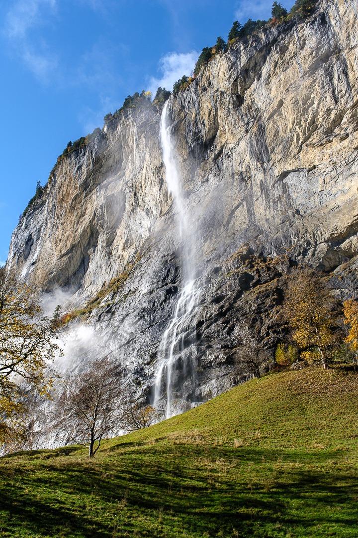 La cascade Staubbach à Lauterbrunnen